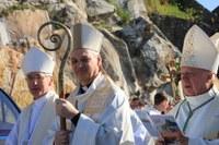 13.Mgr Le Boulc'h entouré de Mgr Delmas et Mgr Boulanger